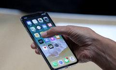 Người dùng chuộng iPhone X bản đắt nhất