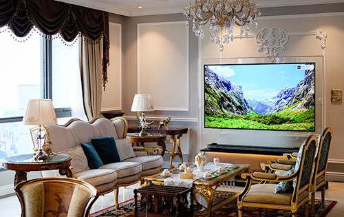 OLED W7 tỏ phù hợp với đại gia hay người mê công nghệ chịu chi, chứ không phải số đông người dùng TV ở Việt Nam.