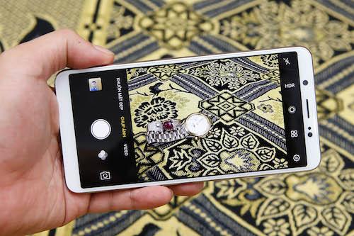 vivo-v7-smartphone-tam-trung-co-nhieu-uu-diem-3