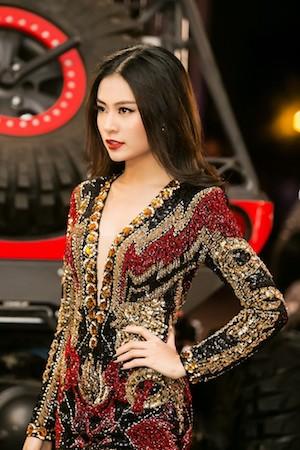 Ca sĩ Hoàng Thuỳ Linh sẽ biểu diễn trong chương trình.