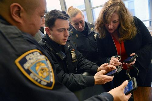 36.000 cảnh sát Mỹ được trang bị iPhone 7 để làm việc.