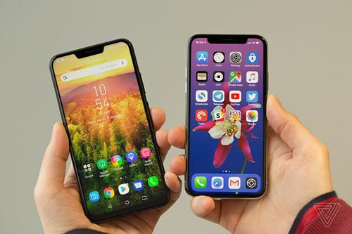 Zenfone 5/5Z với màn hình tai thỏ giống iPhone X.