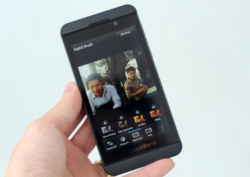 BlackBerry-Z10-15-jpg-1362643784_500x0.j