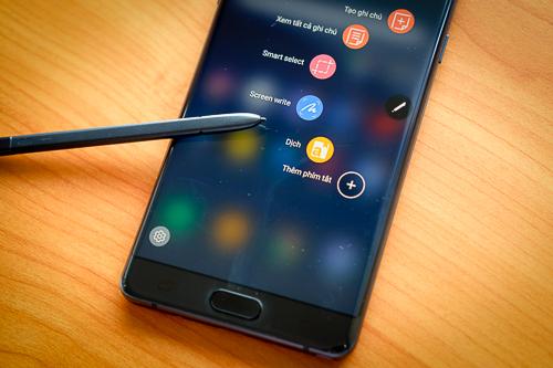 Galaxy Note FE mang nhiều nâng cấp phần mềm và tính năng giống Note8.