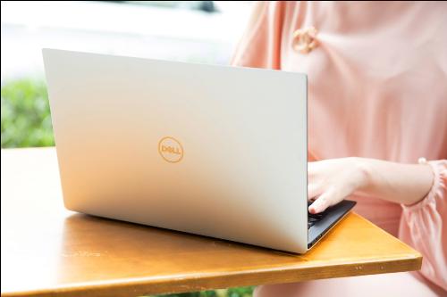 XPS 13 (2018) - ultrabook mạnh mẽ của Dell