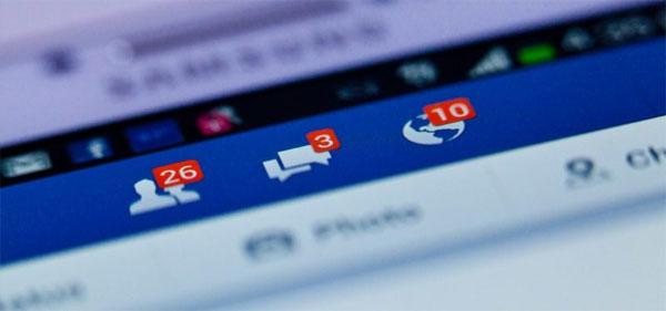 Người dùng Facebook bị bên thứ ba khai thác thông tin gì