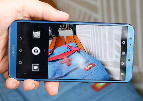 Honor 9 Lite - smartphone giá rẻ có màn hình tràn viền - 4