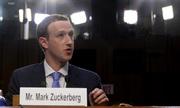 Khoảnh khắc ấn tượng trong phiên điều trần của Mark Zuckerberg