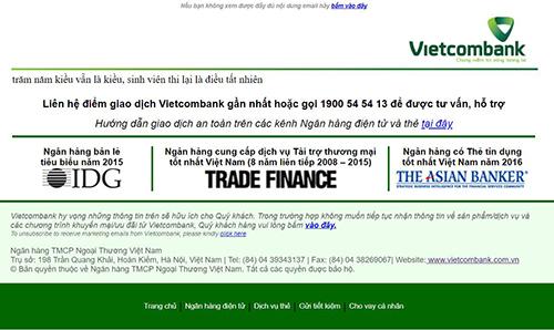Hai câu thơ xuất hiện trên trang web của Vietcombank.