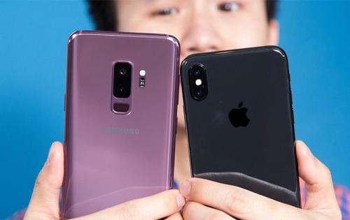 Galaxy S9+ và iPhone X.