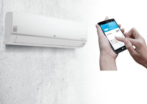 Ứng dụng Smarth ThinQ của LG kết nối điện thoại thông minh với điều hòa qua Wi-Fi.