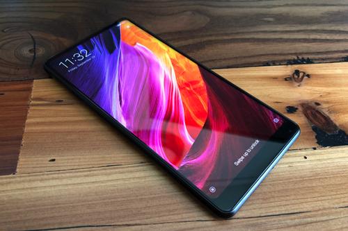 Xiaomi Mi Mix 2s có thể bị cấm bán.