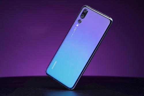 Thiết kế cũng là điểm thu hút ở smartphone cao cấp mới từ Huawei.