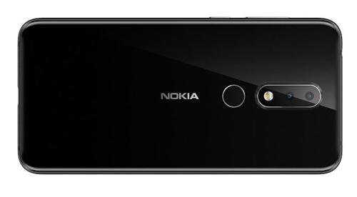 Nokia X6 với camera kép phía sau.