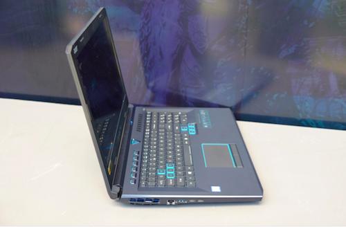Acer ra mắt quái thú chiến game Predator Helios 500 - 1