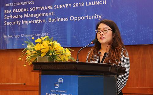 Bà Sheryl Lee, Cố vấn khu vực châu Á - Thái Bình Dương của BSA, công bố tỷ lệ vi phạm bản quyền phần mềm tại Việt Nam.