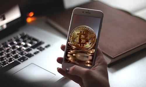 Các ứng dụng ví, giao dịch tiền ảo của chính sàn, tổ chức vẫn sẽ được đưa lên App Store.