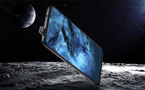Các hãng đang hướng đến smartphone không viền, không tai thỏ, nhưng cơ chế camera ẩn như Vivo Nex còn gây hoài nghi.