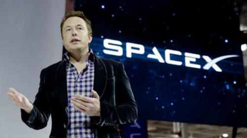 Space X cũng là một công ty đầy tính đột phá và đậm chất tương lai.