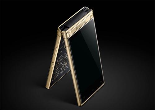 Smartphone màn hình gập của Samsung có giá cao.