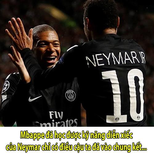 Một số người cho rằng Mbappe đã học đàn anh Neymar thành công. Cả hai là đồng đội của nhau tại đội bóng PSG. Ảnh: Bongda24h.