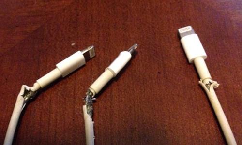 Cáp sạc iPhone bị phàn nàn có độ bền thấp.