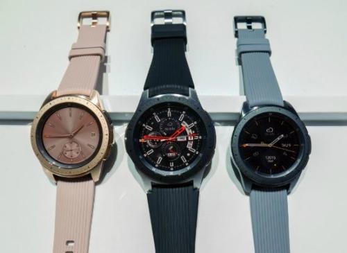 Galaxy Watch có ba màu, hai kích thước. Ảnh: GSM Arena
