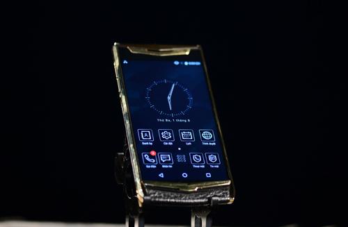 VIP Phone chạy hệ điều hành dựa trên nền tảng Android 6.0.