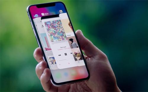 iPhone X khởi xướng cho xu hướng bán smartphone giá nghìn đô. Ảnh: Mashable