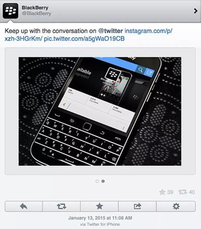Nhắc đến Classic với bàn phím vật lý như một thiết bị hoàn hảo để trò chuyện trên Internet, thế nhưng bài đăng của BlackBerry lại dùng chiếc điện thoại màn hình cảm ứng - iPhone.