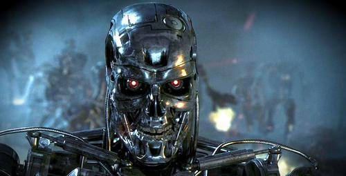 Đã có lo ngại về robot tích hợp trí tuệ nhân tạo đứng lên chống lại con người trong tương lai.