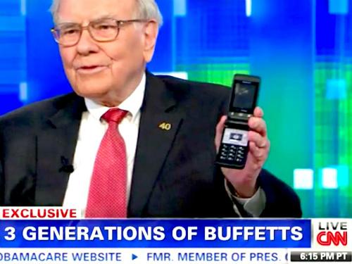 Điện thoại của Warren Buffett, được ông chia sẻ trong một sự kiện năm 2013.