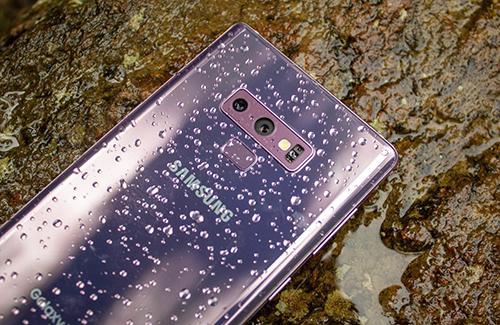 Camera sau trên smartphone Samsung sẽ có hơn hai ống kính.