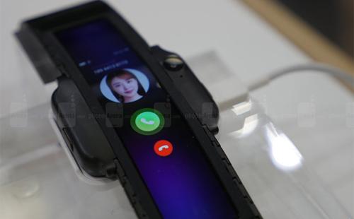 Tương lai của smartphone màn hình cong nhìn từ IFA 2018 - 3