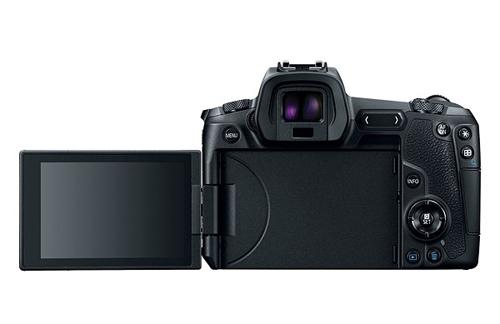 RF có thiết kế như một chiếc máy SLR thông thường dù là dòng mirrorless.