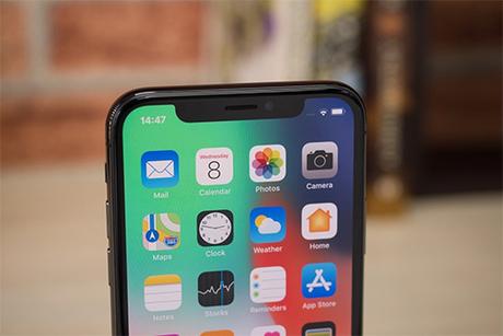 Cả ba mẫu iPhone ra mắt năm 2018 đều dùng màn hình tai thỏ.