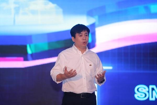 Ông Lê Hồng Việt, Giám đốc công nghệ FPT.