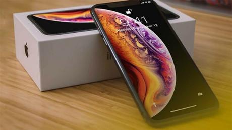 Xs Max xuất hiện đẩy giá iPhone ngày càng đắt lên.