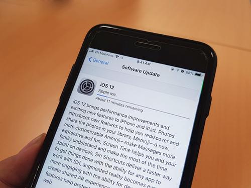 Người dùng đã có thể tải về iOS 12 phiên bản chính thức.