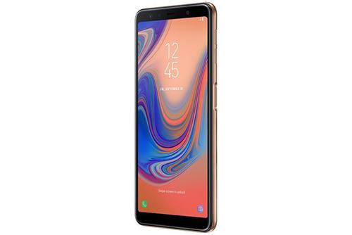 Galaxy A7 (2018) có thể đặt máy quét vân tay ở cạnh.