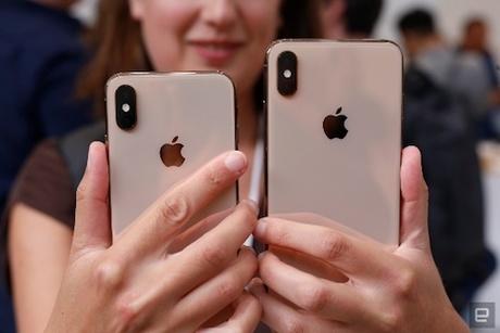 Camera kép trên iPhone Xs và Xs Max. Ảnh: Engadget.