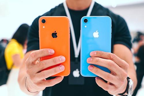 iPhone Xr dự kiến được Apple bán từ 26/10, chậm hơn khoảng năm tuần so với lịch bán của iPhone Xs.