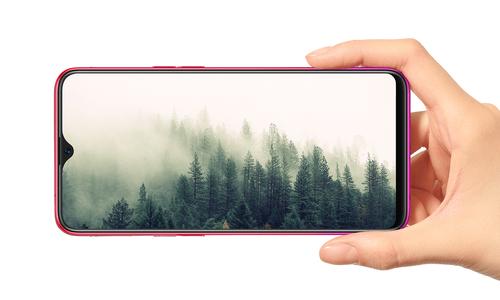 10 smartphone bán chạy nhất tháng 8/2018