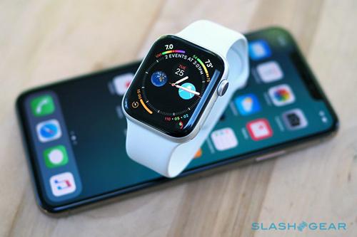 Những chiếc Apple Watch series 4 đầu tiên về Việt Nam được chào giá từ 14 triệu đồng. Ảnh minh họa.