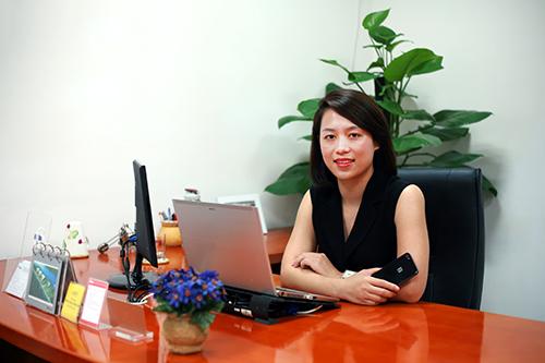 Bà Đồng Vũ Mai Phương, giám đốc marketing tập đoàn Bkav.