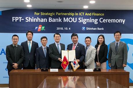 FPT và Shinhan Bank ký thỏa thuận hợp tác đối tác chiến lược trong lĩnh vực ngân hàng số.