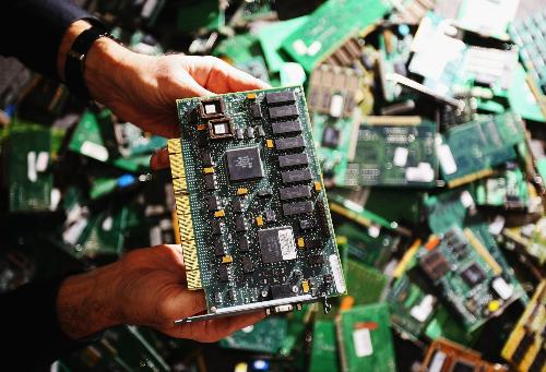 Cách thức tấn công bằng chip siêu nhỏ đã phá vỡ quan niệm về bảo mật thông thường.