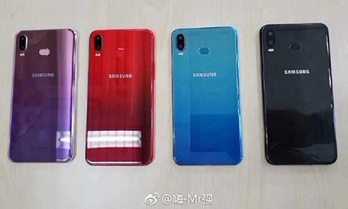 Ảnh được cho là Galaxy A6s với camera kép, mặt lưng nhiều màu.