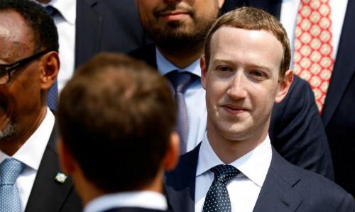 Mark Zuckerberg gặp gỡ tổng thống Pháp Emmanuel Macron tháng 5/2018. Ảnh: Reuters
