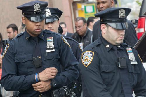 Các mẫu camera gắn thân của Vievu đang được NYPD sử dụng.